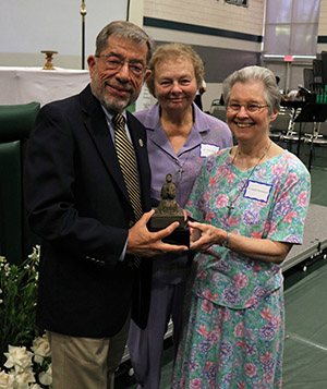 Longtime educator Rafael Vega is awarded the Mother Joseph statue
