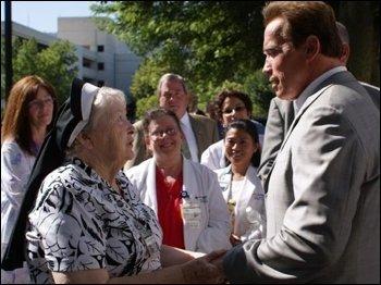 Sr. Rose with Governor Schwarzenegger